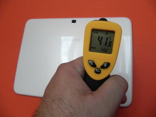 Samsung Galaxy Tab 3 10.1 temperatură cam mare, de 43.2 grade la gaming