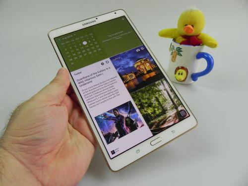 Samsung Galaxy Tab S 8.4 Magazine UI