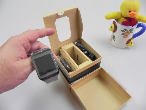 Samsung Gear 2 Neo unboxing + tutorial pairing cu Galaxy S5 (Video)