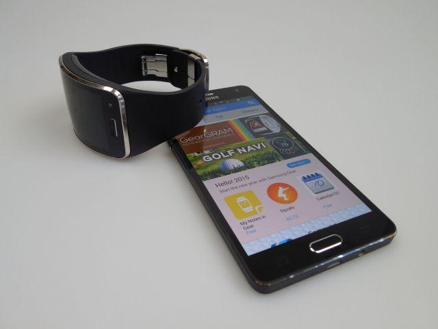 Samsung Gear S Review: ceasul-smartphone cu preţ de smartphone, dar fără independenţă totală de handset-uri (Video)
