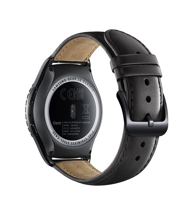 Samsung anunţă oficial smartwatchurile Gear S2 şi Gear S2 Classic, dotate cu Tizen şi 3G