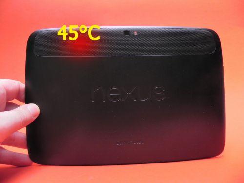 Nexus 10 atinge după jumătate de oră de gaming 3D, temperatura maximă de 45 de grade Celsius