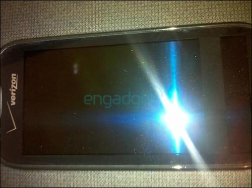 Succesor cu 2 display-uri pentru Samsung Galaxy S: Samsung Continuum