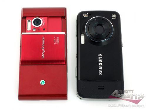 Samsung Pixon 12 versus Sony Ericsson Satio