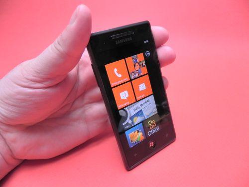 Review Samsung Omnia 7 - Mobilissimo.ro
