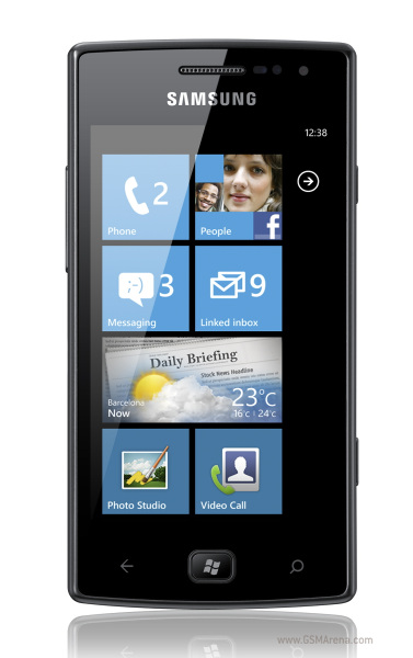 Samsung Omnia W, primul telefon Windows Phone Mango disponibil internațional