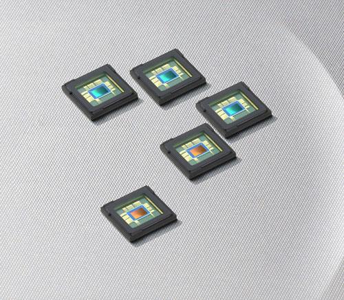 Samsung dezvoltă senzori foto de 8 și 12MP, care se comportă excelent În luminozitate scăzută