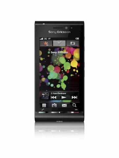Telefonul Sony Ericsson Idou, cu camera de 12 megapixeli va fi lansat la toamna