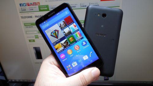 Sony Xperia E4g comparat cu Xperia E4