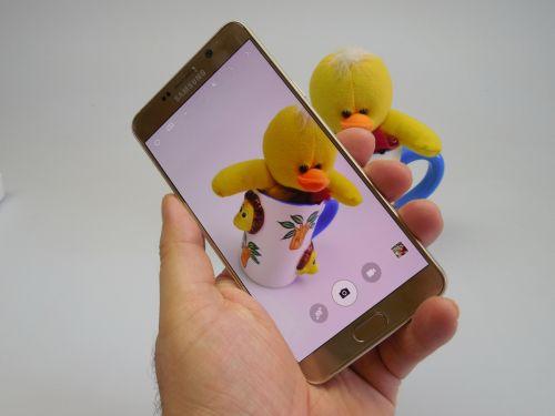 Cum fotografiaza Samsung Galaxy Note 5