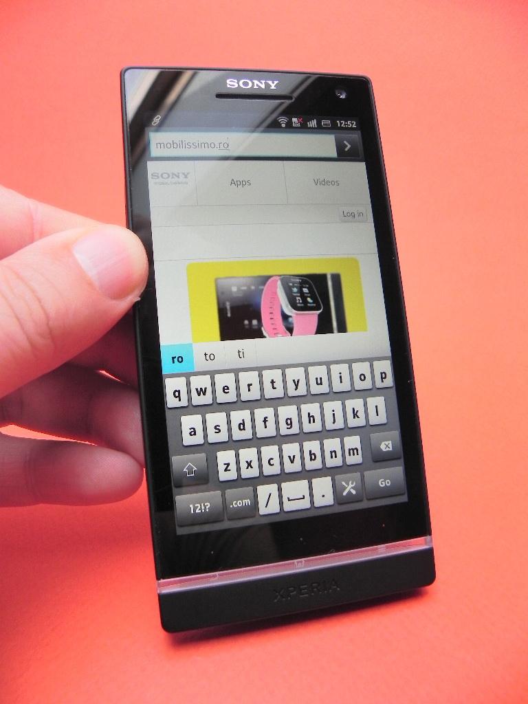 Recenzie video Sony Xperia S