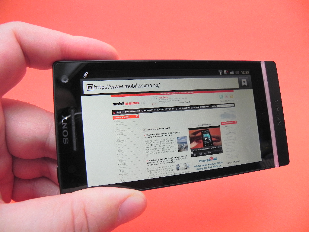 Sony Xperia S - browser mobilissimo.ro