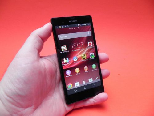 Prezentare Sony Xperia Z