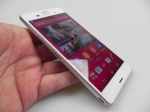 Difuzoarele lui Sony Xperia Z3