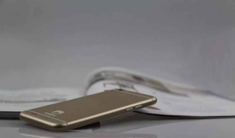 Subor X7 vine din China și este cea mai perfectă clonă de iPhone 6 de până acum