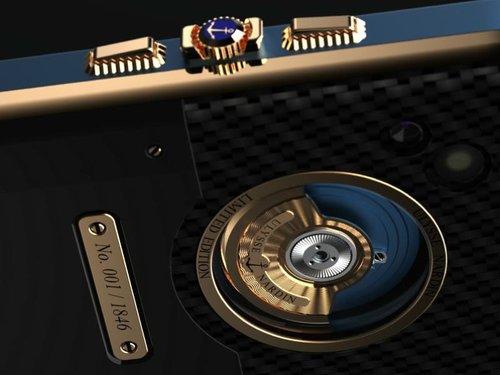 Producatorul de ceasuri Ulysse Nardin a creat un smartphone bazat pe energie cinetica
