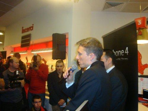 Lansarea iPhone 4 prin Vodafone