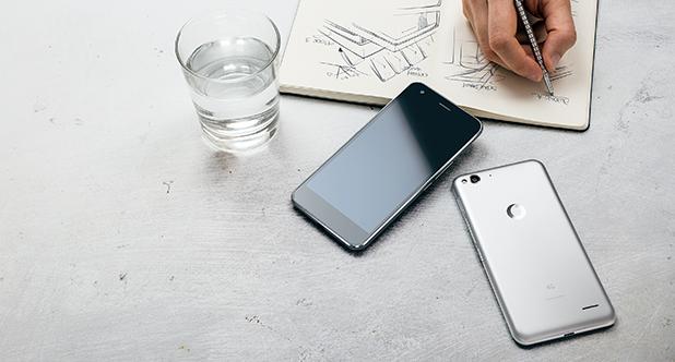 Vodafone anunță smartphone-ul Smart Ultra 6; device cu display FHD de 5.5 inch și preț de 200$