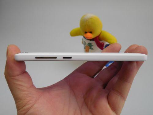 Xiaomi Mi 4i privit din lateral