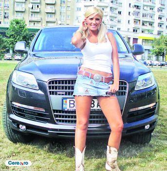 Andreea Banica Audi Q7