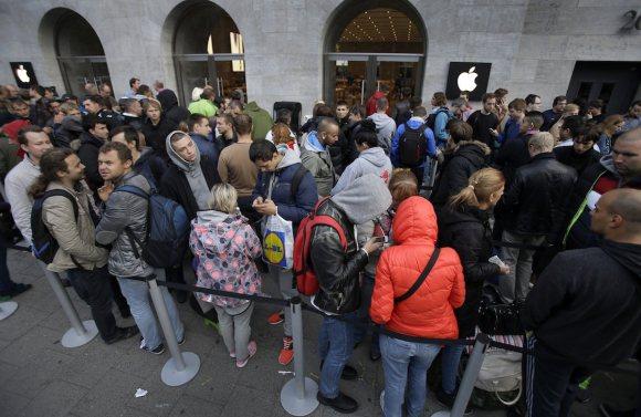 Coada la iPhone 6