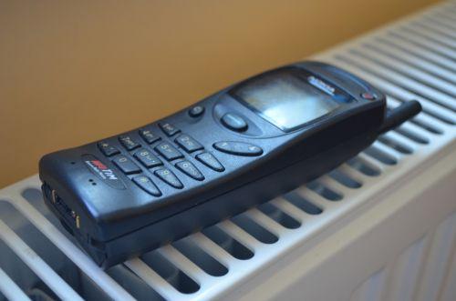 RETROreview Nokia 3110: telefonul care a inventat butonul contextual