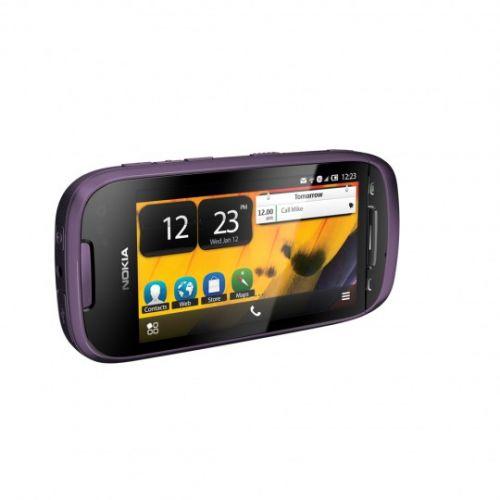 Nokia 701, un