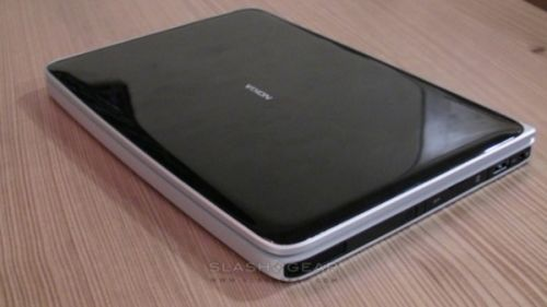 Nokia Champagne apare din nou, de această dată pare a fi o tabletă... poate chiar un netbook?