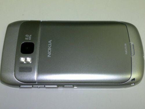 Nokia E6-00