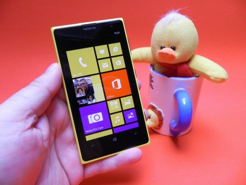 Pret Nokia Lumia 1020