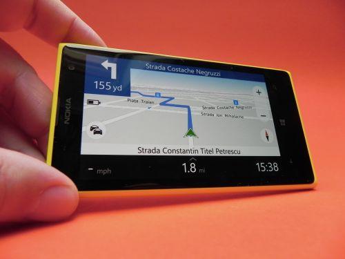 Nokia Lumia 1020 Review: cel mai bun cameraphone din 2013, ecran atractiv, baterie neimpresionantă (Video)