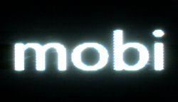 Nokia Lumia 1020 dispaly la microscop pe negru