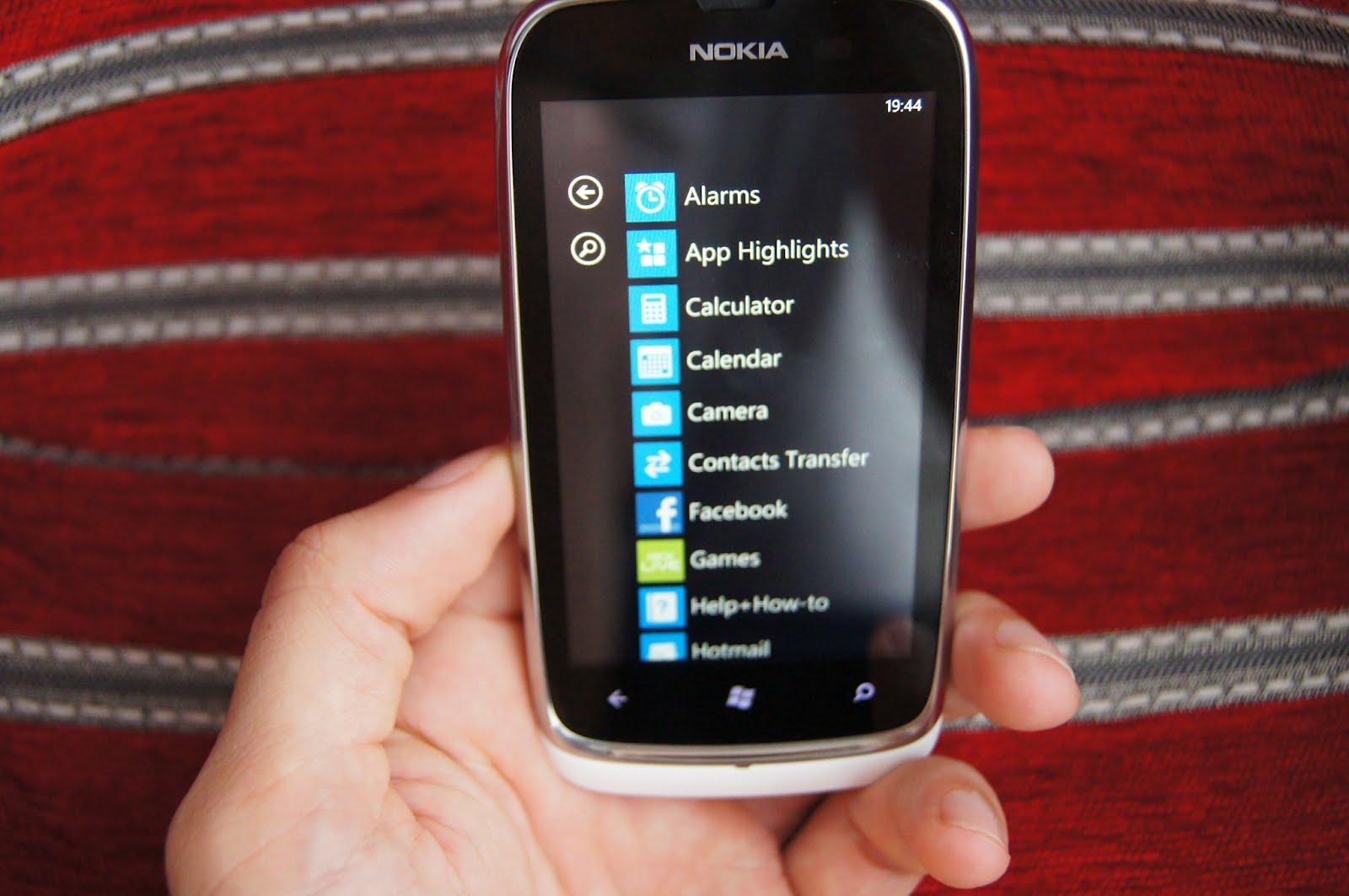 Nokia Lumia 610 - telefon perfect pentru publicul tânăr