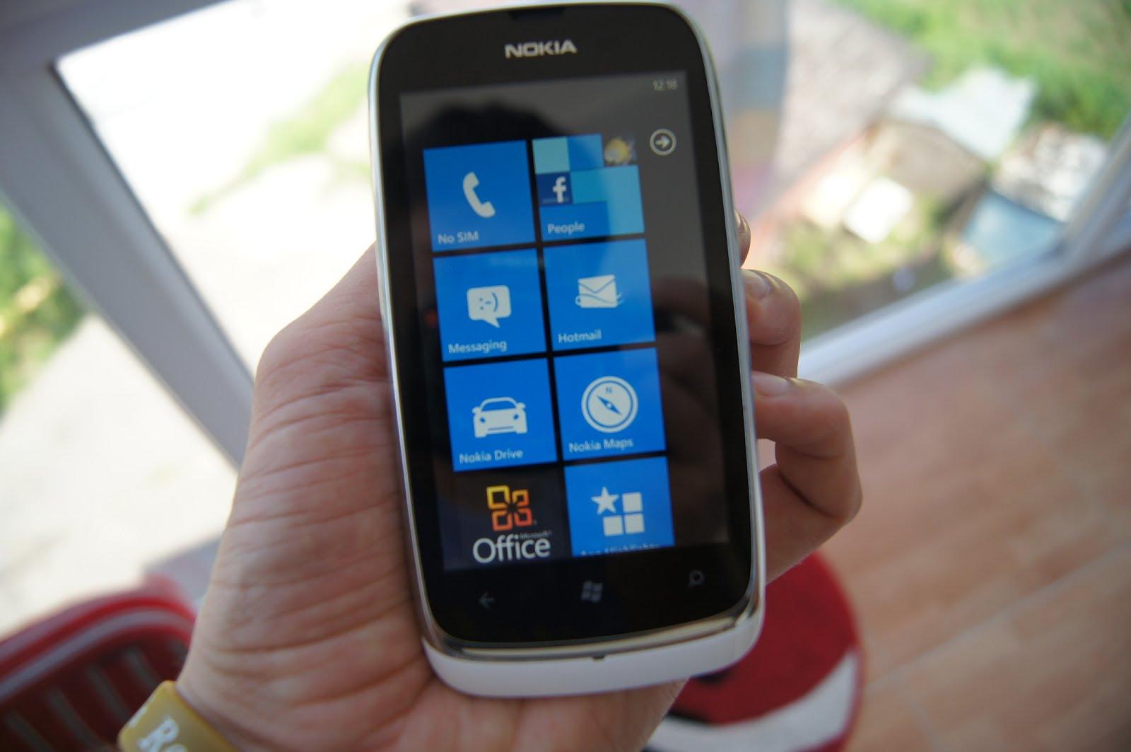 Lumia 610 alb