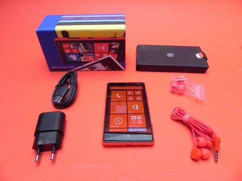 Nokia Lumia 820 scos din cutie