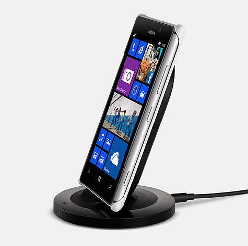 Nokia Lumia 925 wireless charger