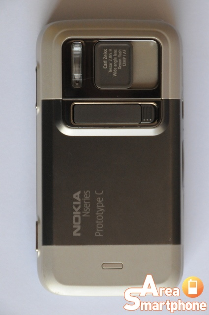 Nokia N00, descoperit pe eBay sub formă de prototip; Dezamăgitor
