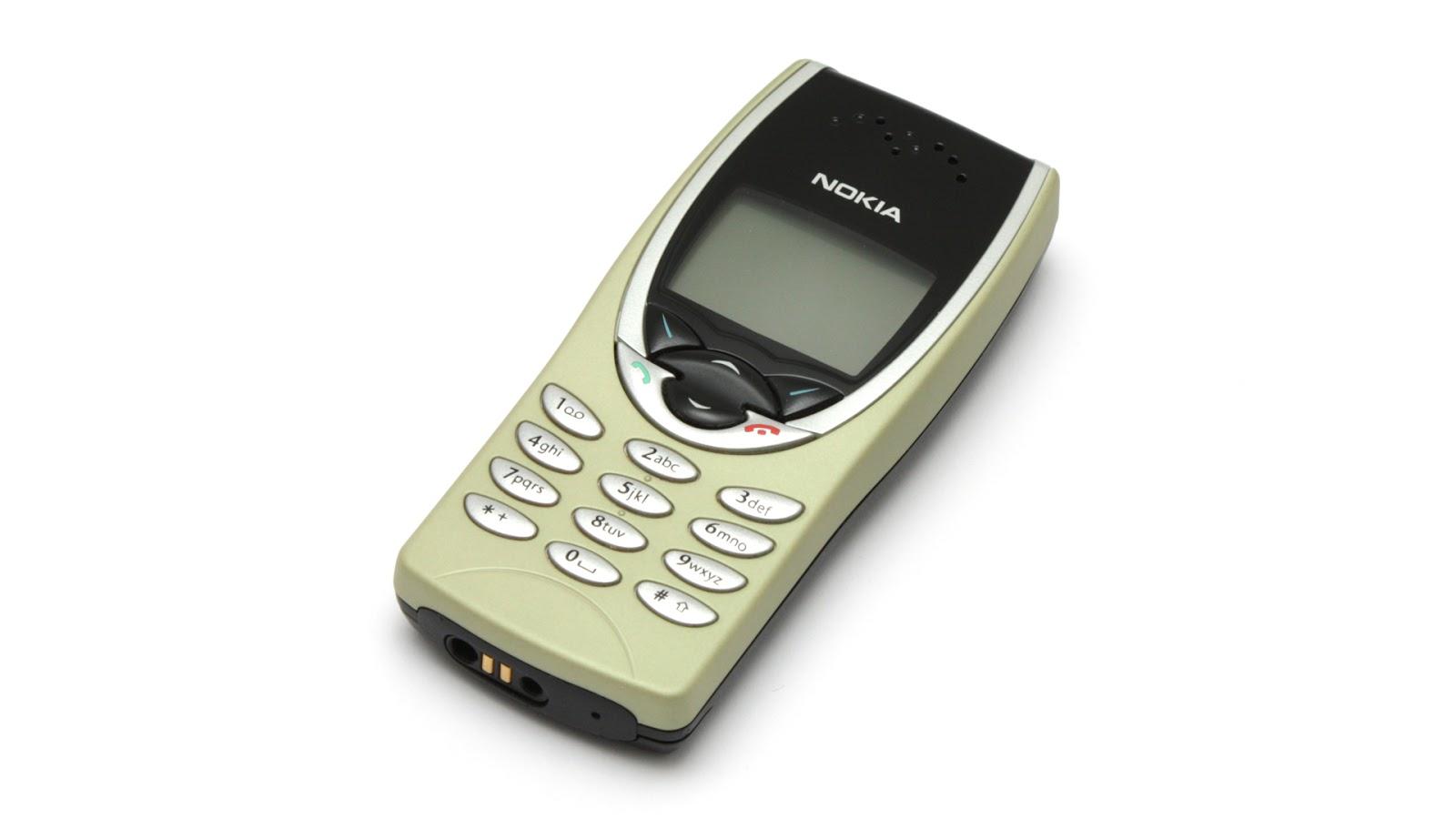 Un telefon Nokia din 1999 a devenit echipament de bază pentru dealerii de droguri din Marea Britanie: Nokia 8210