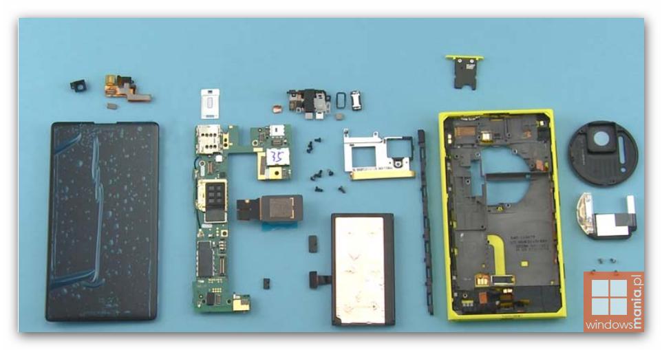Manualul lui Nokia Lumia 1020 ajunge pe web; Aflăm cum se desface cameraphone-ul
