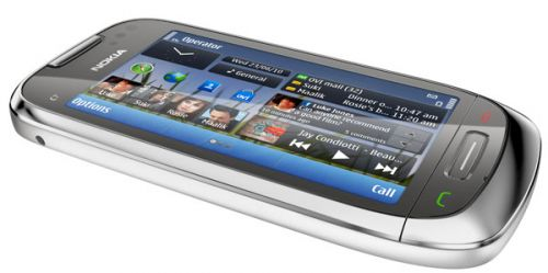 Review Nokia C7