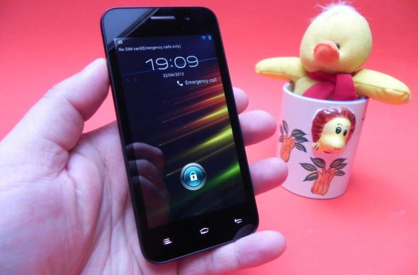 Review Allview P5 Quad: design bun, software excelent, un dual SIM care livrează (Video): allview_p5_quad_review_mobilissimo_ro_01jpg.jpg