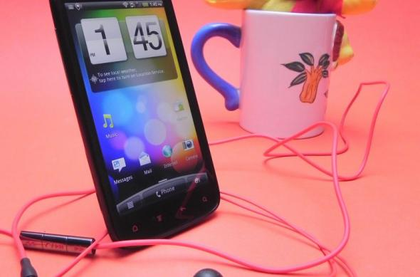 Review HTC Sensation XE - senzație de toamnă cu extra bas, cameră și grip of death...(Video): htc_sensation_xe_review_mobilissimo_26.jpg
