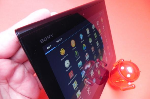 Sony Xperia Tablet S review - bântuită de predecesor, cu sunet fantastic, dar și buguri noi (Video): 18_sony_xperia_tablet_s_review_mobilissimo_ro.jpg