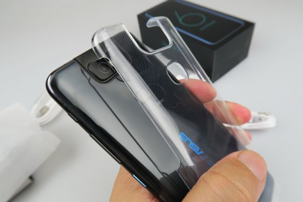 ASUS ZenFone 6, display