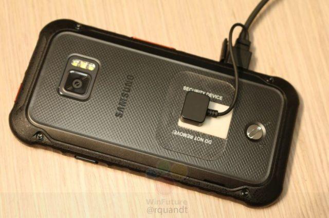designer fashion fd85b e649b Samsung Galaxy Xcover 5 apare în fotografii reale, cu blitz LED ...