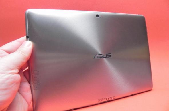 Review ASUS Transformer Prime - prima tabletă quad-core Tegra 3 surprinde plăcut prin performanta grafică, display și promite revoluția cu Android 4.0! (Video): asus_eee_pad_transformer_prime_review_mobilissimo_ro_21.jpg