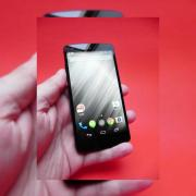 LG Nexus 5 review: mai bun decât Nexus 4, dar sub precursorul LG G2 (Video)