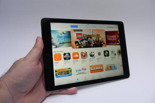 Apple iPad Air - Galerie foto Mobilissimo.ro: Apple-iPad-Air-review-tablet-news-com_18.jpg