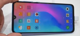 MWC 2019: Xiaomi Mi 9 SE - Prezentare hands-on a mezinului lui Xiaomi Mi 9 (Video)