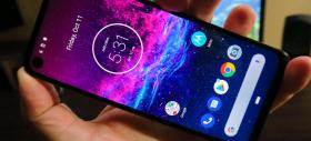 Motorola One Action: Display OK, trece de 400 LUX